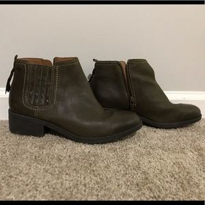 Sperry leather ankle boots 8M